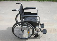 weelcair for people with limited mobility 2
